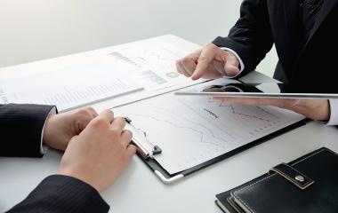 金融資産管理コンサルティング及び保険商品総代理販売